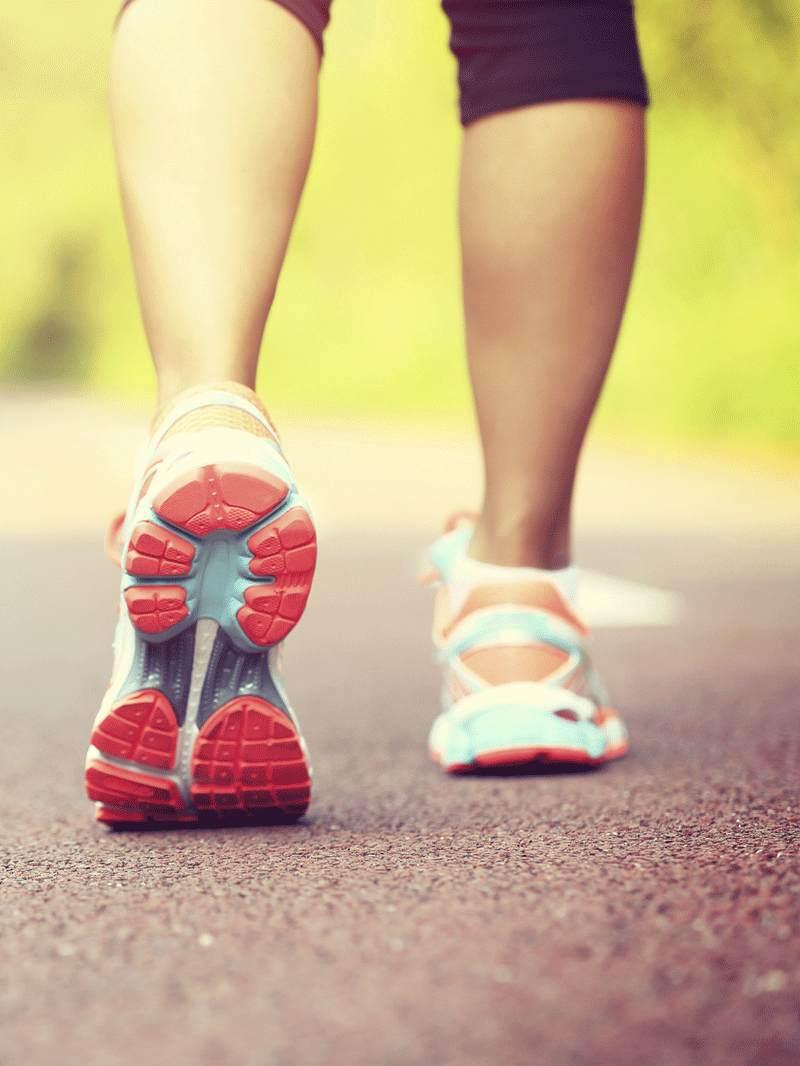 Super beneficii ale mersului pe jos