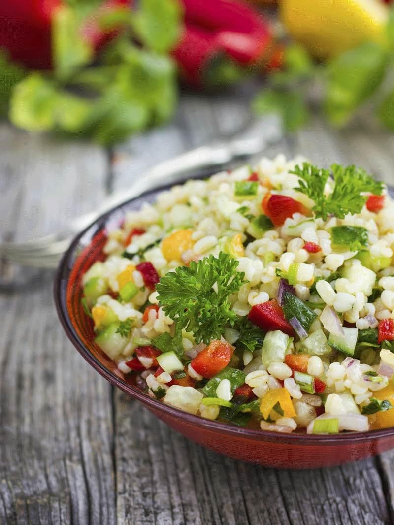 Salata de quinoa cu porumb