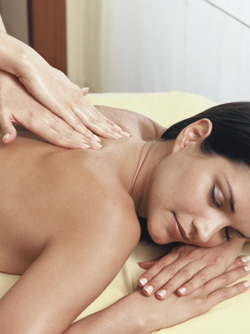 AMR: 8 zile pana la Craciun. Relaxeaza-te cu un masaj!