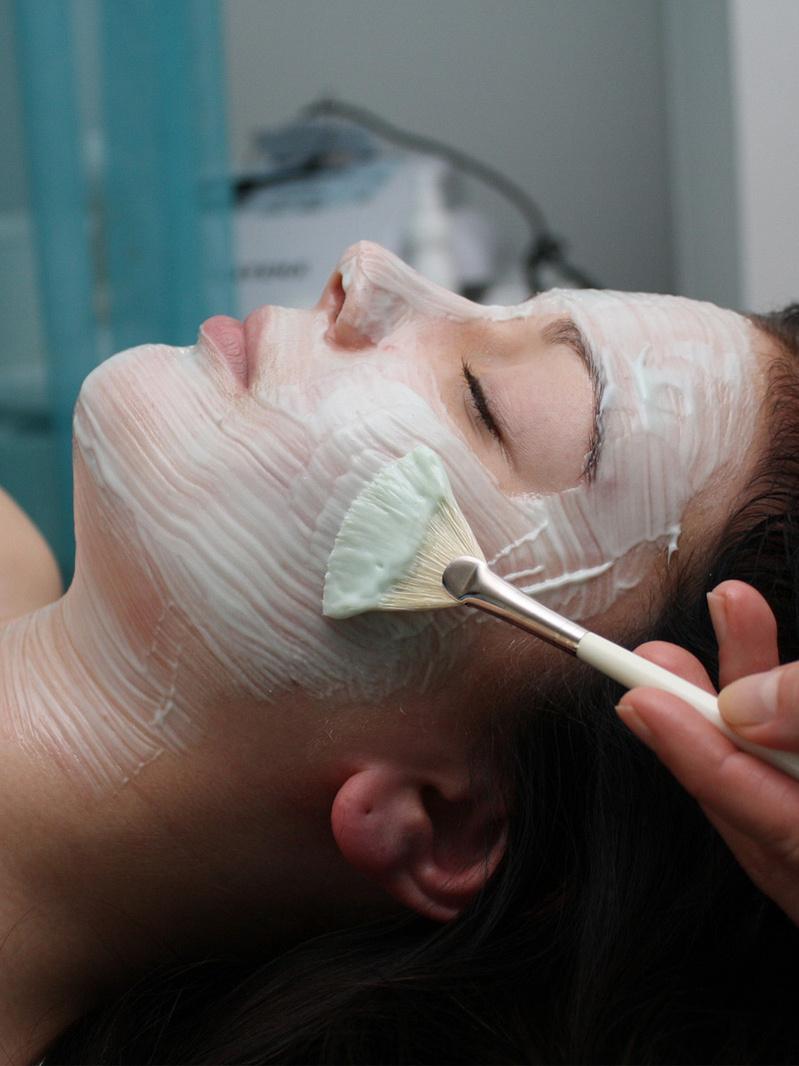 Pachet colonhidroterapie şi mască hidratare ten